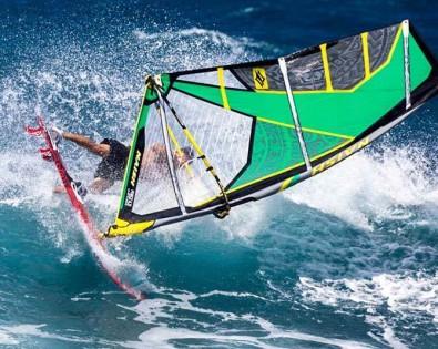 windsurfing Tasmania wavesailing